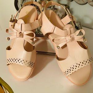 Other - Adorable Vintage look ballet pink sandals NWOT's